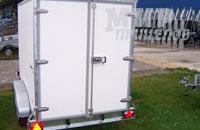 Европрицеп 7119F2 промтоварный фургон на 1600 кг с задними распашными воротами из облегченной сэндвич-панели толщиной 35 мм